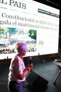 BOTI GARCÍA AL FINAL DE LA MANIFESTACIÓN ESTATAL DEL ORGULLO 2012