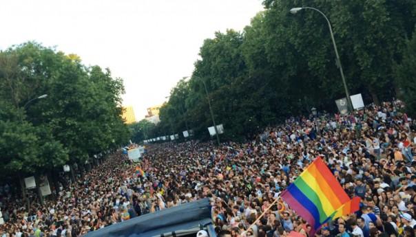 El Ayuntamiento de Madrid multa al escenario de fin de Manifestación del Orgullo LGTB2015